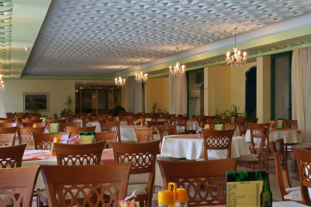 Shipka hotel - Food and dining